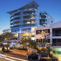Hotel Pictures: Scarborough Beach Resort - Queensland, Scarborough