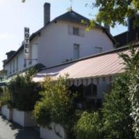 Hotel Pictures: Logis Auberge des Vieux Chenes, Malemort-sur-Corrèze