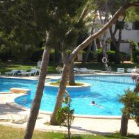 Hotel Pictures: Apartamentos Las Brisas I & II, Son Xoriguer