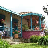 Hotel Pictures: Casa Mosaico Hotel Boutique, Santa Elena