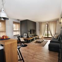 Deluxe One-Bedroom Apartment - 137A Armii Krajowej Street