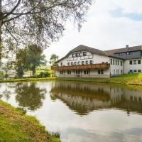 Hotel Pictures: Hotel Burg Hof, Burg-Reuland