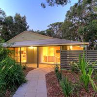 Hotel Pictures: Port Stephens Treescape, One Mile