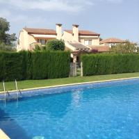 Hotel Pictures: Casa Pareada Club de Golf Bonmont, Montroig