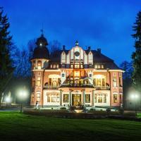 Hotel Pictures: Letohrádek sv. Vojtěch, Počátky