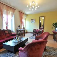 Hotel Pictures: Yec'Hed Mat, Saint-Nicolas-du-Pélem