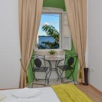 Double Room - Olive