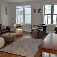 Saint George South End Luxury 1 Bedroom Apartment by Spare Suite, Inc.