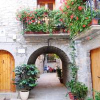 Hotel Pictures: Casa Dueso, El Pueyo de Araguás