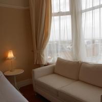 Large Single En-Suite