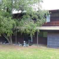 Hotel Pictures: Mt Beauty Holiday Home, Mount Beauty