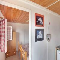 One Bedroom Bungalow with Shared Bathroom