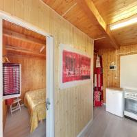 Two-Bedroom Bungalow with Shared Bathroom