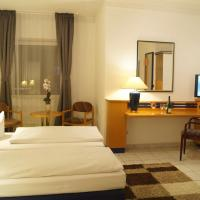 Hotel Pictures: Hotel Rahlstedter Hof, Hamburg