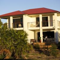 Hotel Pictures: The Golfer's Lodge, Old Bribie