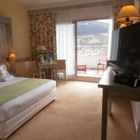 Hotel Pictures: Mercure Millau, Millau