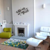 Lothian City Center Apartment