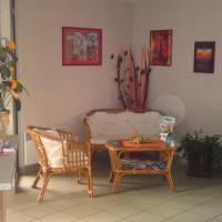 Hotel Pictures: Auberge De L'oust, Uzel
