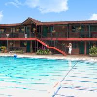 Hotel Pictures: Hotel Brisas Del Calima Lago Calima, Calima