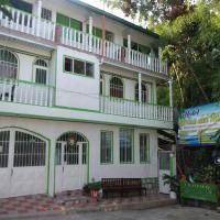 Hotel Pictures: Hotel Brisa Del Rio, El Colegio