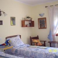 Hotel Pictures: Maset de les Talaveres - Casa de Pagès, Montblanc