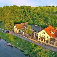 Hotel Pictures: Gasthof Alter Felsenkeller, Naumburg