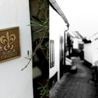 Hotel Pictures: Relais & Châteaux Taubenkobel, Schützen am Gebirge