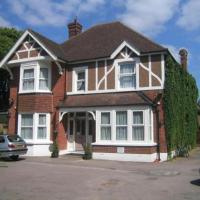 Hotel Pictures: Glenalmond Guest House, Horley