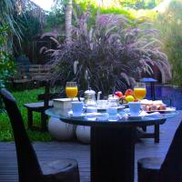 Hotel Pictures: Cool Clima, Olivos