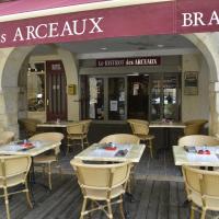Hotel Pictures: Hotel Les Arceaux, Saint-Sever