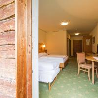 Double Room (2 Adults + 1 Child )