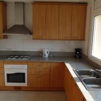 Two-Bedroom Apartment with Sea View (4-6 Adults)