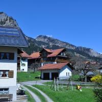 Hotel Pictures: Ferienhaus Martin-Hack, Bad Hindelang