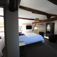 Family Suite (4 Persons)
