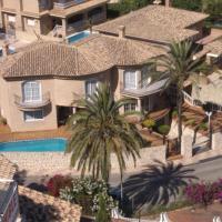 Hotel Pictures: Villa, Faro de Cullera, Valencia, Faro de Cullera