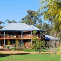 Hotel Pictures: Riverwood Retreat, Nannup