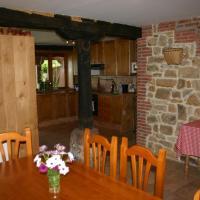 Hotel Pictures: Cottage in Hornedo, Hornedo
