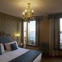 Superior Double Room with Lagoon View