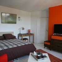 Hotel Pictures: Le Nid De Rochefort, Rochefort-en-Yvelines