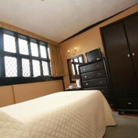 Single Room - En Suite