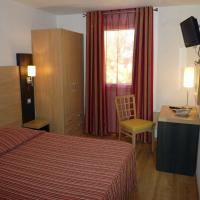 Hotel Pictures: Arcadius Le Petit Hotel, Balaruc-les-Bains