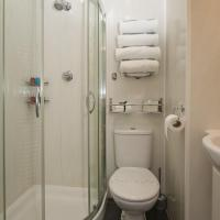 Family Twin Standard with private bathroom