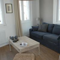 Hotel Pictures: Apartment Terre de Brume, Arras