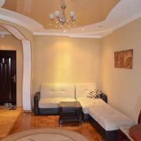 ホテル写真: Apartment near RTSU, ドゥシャンベ