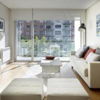 Black & White 3 Apartment by Feelfree Rentals