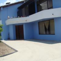Hotel Pictures: Hospedaje Las Rosas, Puembo