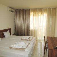 Twin Room with Balcony with Free Parking