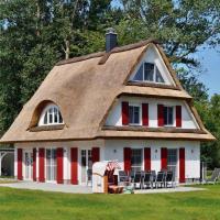 Hotel Pictures: Ferienhaus Villa Nixe, Glowe