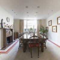 Four-Bedroom Townhouse - Stanford Road II