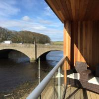 Hotel Pictures: Riverside Apartments, Wick